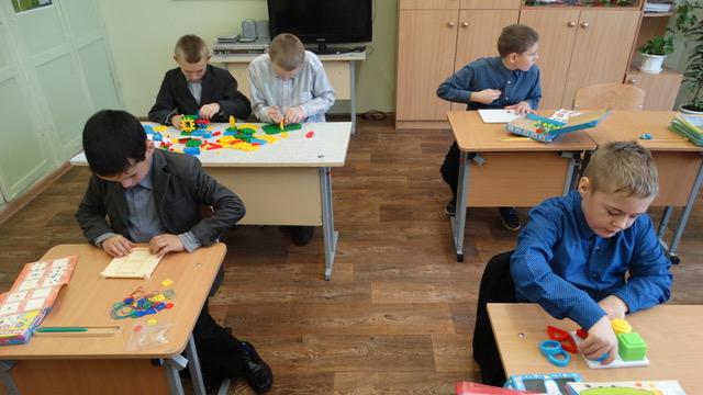 2018 Kalinovka speelgoed actie SOVAK kinderen